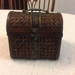 Vintage Mini Wood Keepsake Box